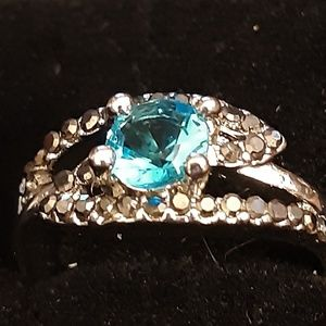 BNWB AQUA MARINE RING WITH BLKSM DIA RING